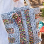Crochet Pattern for an Easy Waterfront Tote Bag with an Unusual Texture